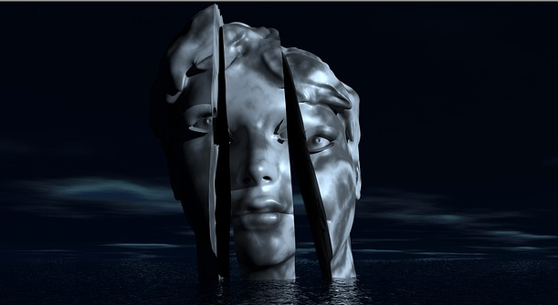 shattered face statue